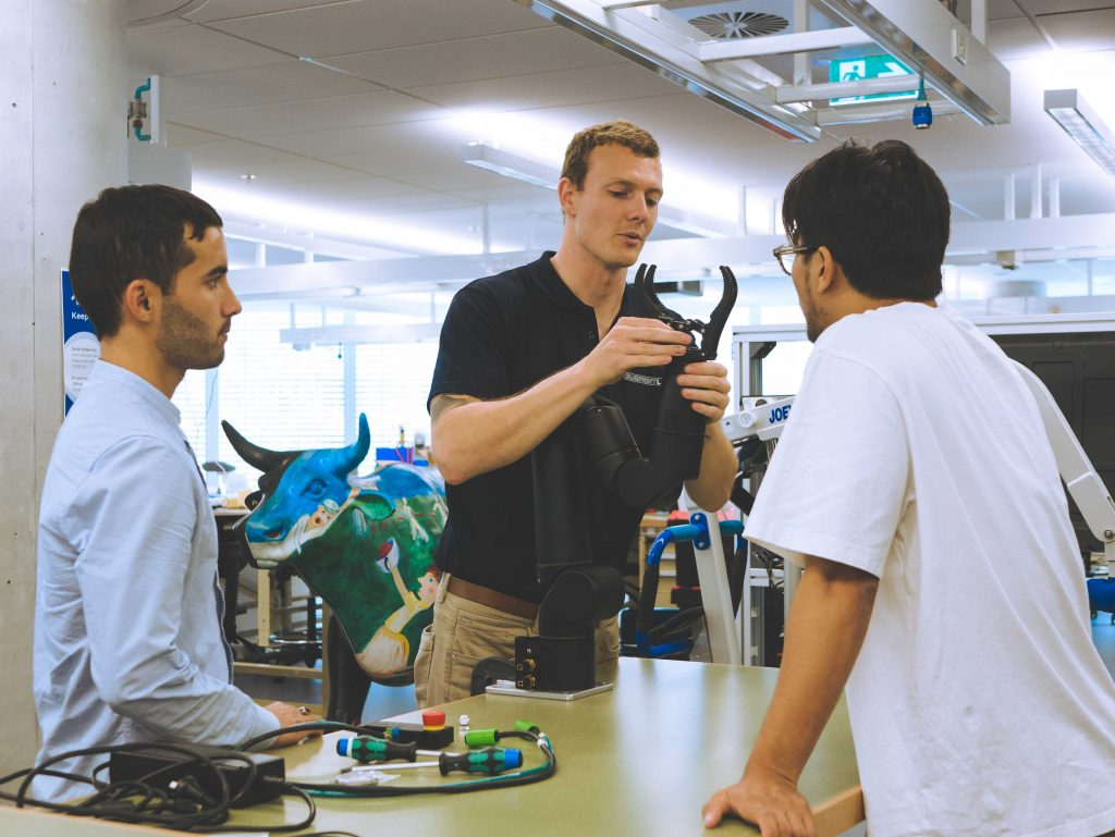 Our Tech Support Lead, James, conducting the Reach Bravo demo at CAS, UTS.